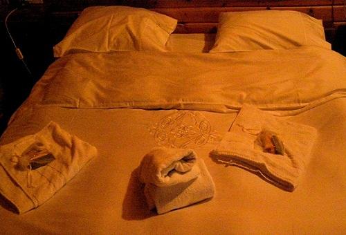 חדר השינה צימר הביקתה
